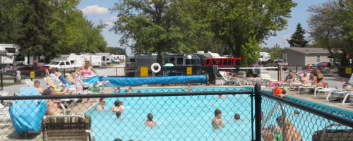 Wapakoneta KOA swimming pool